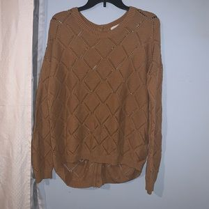 Camel sweater with back detail - L